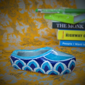 Aurea Blue Pottery Shoe Ash-tray
