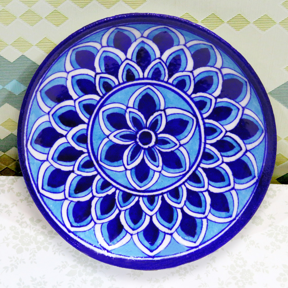 DECORATIVE PLATE (MEDIUM)